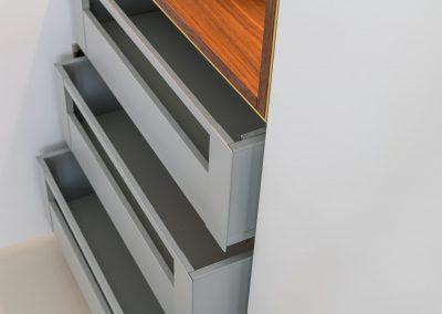 Interieur op maat maatwerk interieur handgemaakt MTH Scheepsbetimmeringen Keuken Kamer en Suite Garderobe betimmeringen scheepsbouw CNC Hardinxveld 2084