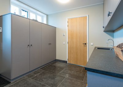 MTH Scheepsbetimmeringen & Maatwerk keuken Interieurs CNC Hardinxveld3961