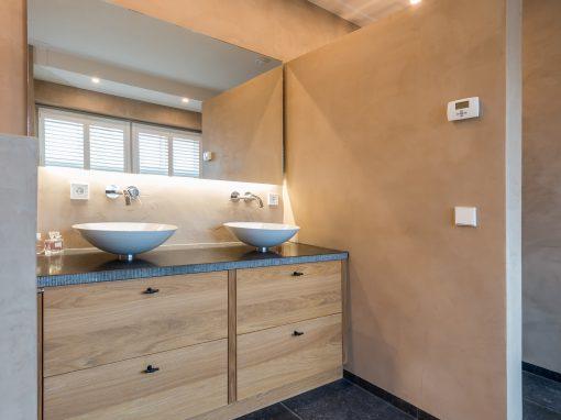 Maatwerk interieur en badkamer